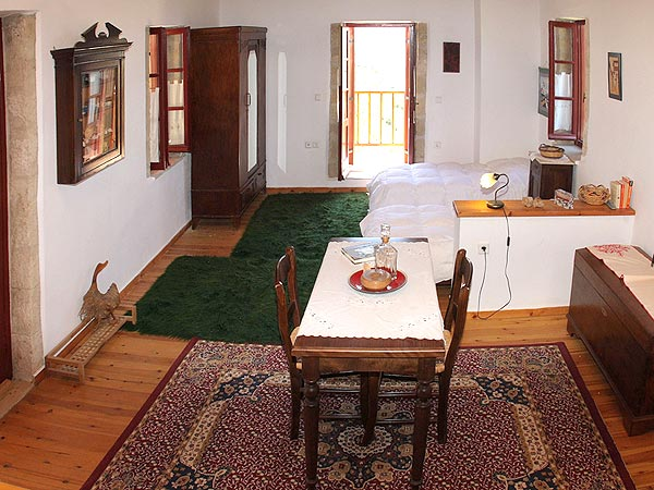 Traditional house fully equipped next to FORTH