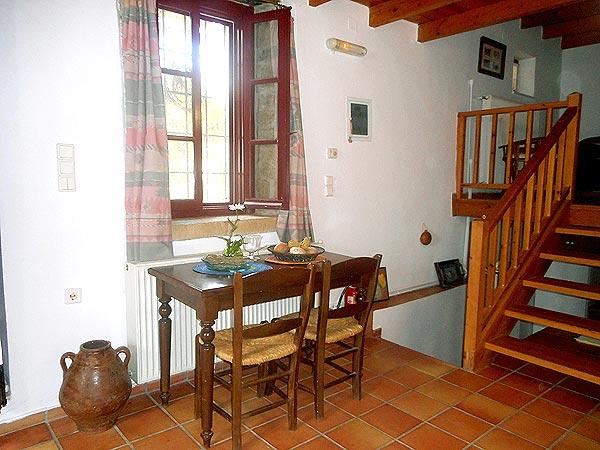 Traditional livingroom. For rent
