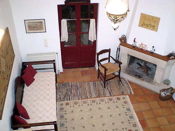 Fire place and terrace. Agioklima Traditional House. 22 klms from the Airport of Heraklion